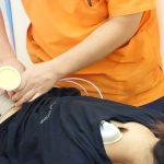 横浜市西区の整骨院「宮谷小交差点前せいこついん」の寝違えの電気治療イメージ