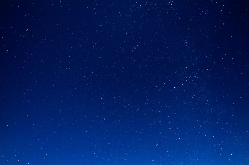 夜空のイメージ図
