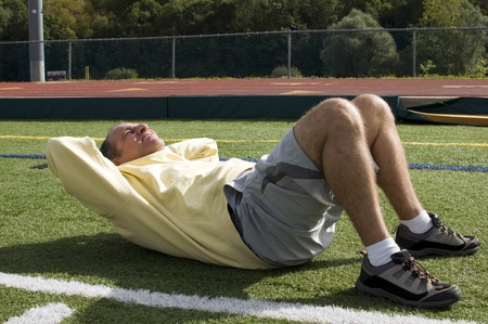 腰椎すべり症の予防の腹筋の筋トレ風景