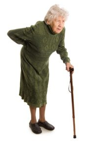 脊柱管狭窄症治療の整骨院「宮谷小交差点前せいこついん」の腰部脊柱管狭窄症で歩くのが辛い女性イメージ