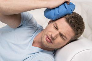頭痛・片頭痛(偏頭痛)治療の整骨院「宮谷小交差点前せいこついん」の頭痛を冷やすイメージ